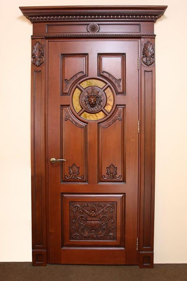 резные деревянные двери фото розовых пионов белых